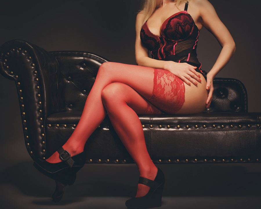 Online Dating Apps: A Modern Way to Hire Escorts
