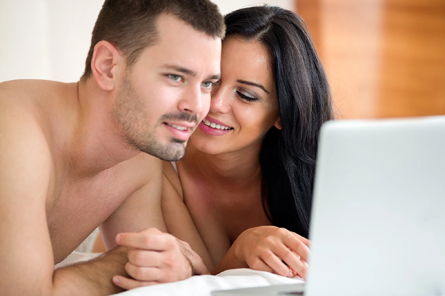Does internet pornography help or harm intimate relationships?