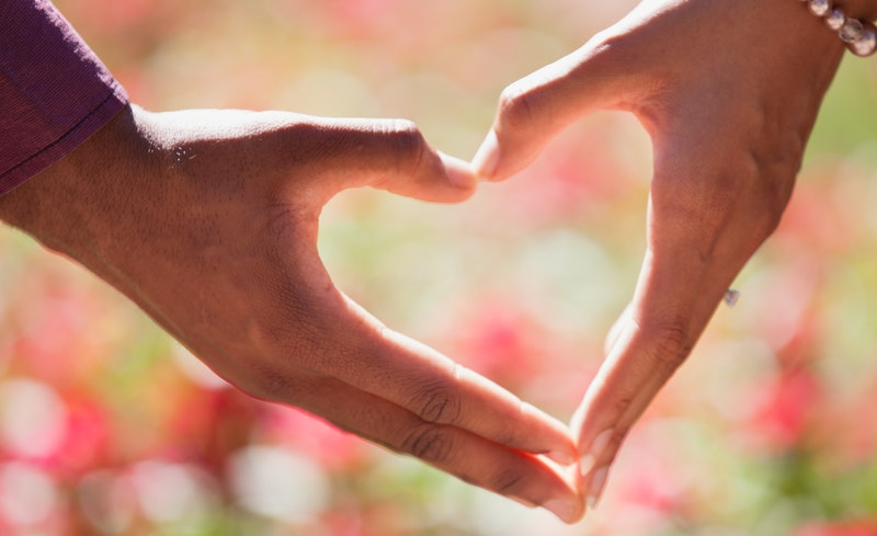 How Do The Professional Couples Counseling Assist to Build Healthy Relations?